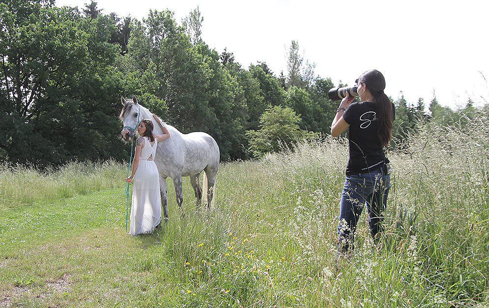 Fotos aus Liebe zum Detail – wenn Sabrina Mischnik zur Kamera greift, dann entstehen Bilder, die ganz besondere Momente festhalten.