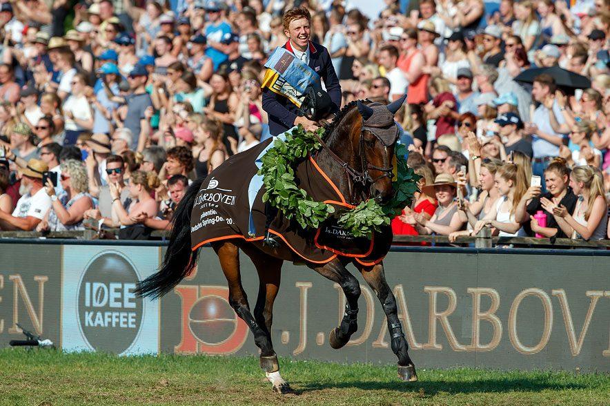 Wer wird Nachfolger von Derby-Sieger Matthew Sampson (GBR) und Gloria van Zuuthoeve am 2. Juni 2019 in Klein Flottbek? © Sportfotos-Lafrentz
