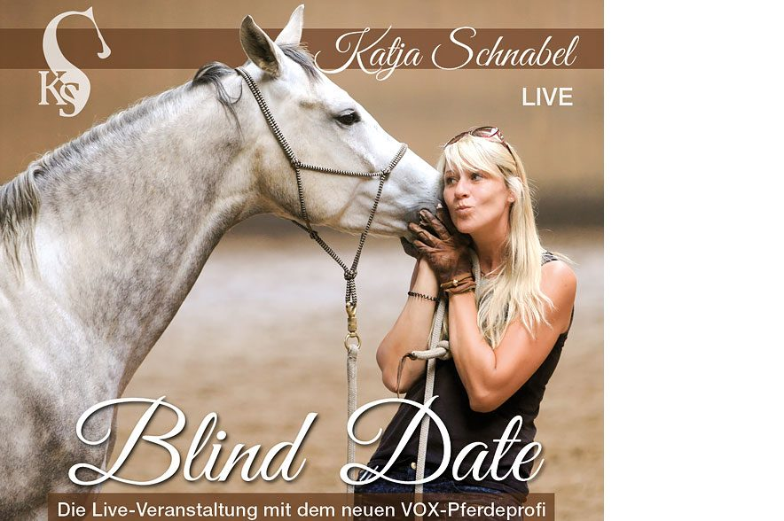 """Katja Schnabel mit ihrem neuen Live-Programm """"Blind Date"""" auf Tour. © Katja Schnabel"""