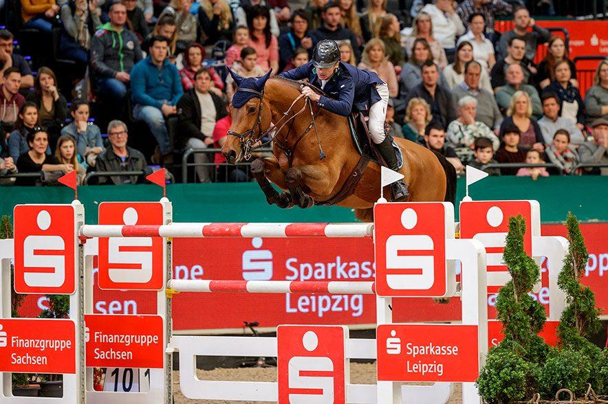 Der Longines FEI Jumping World Cup™ presented by Sparkasse gewinnt der Irländer Denis Lynch. © Sportfotos-Lafrentz.de