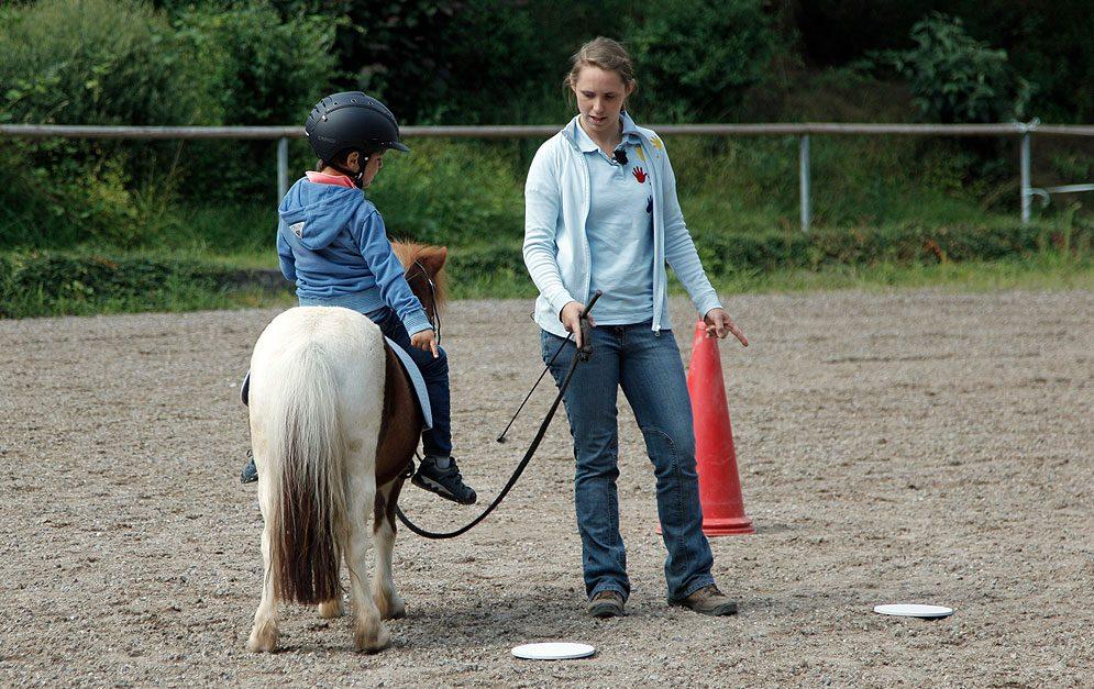 Tiergestützte Therapie: Tierische Therapeuten! Ob Pferd, Hund oder Kleintier – alle Tiere haben positive Auswirkungen auf unser Erleben und Verhalten.