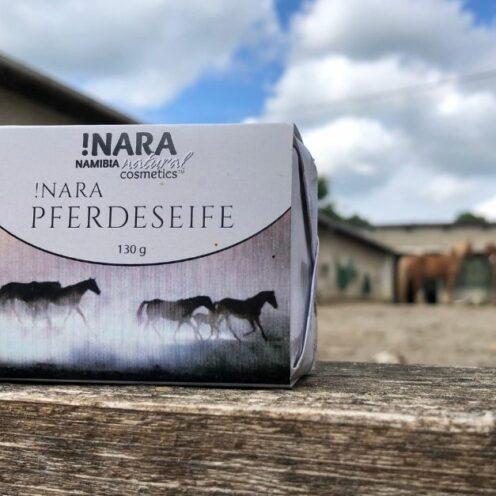 Wir haben eine Seife für Pferde sowie Hunde getestet, die aus Namibia kommt. Wie sie angekommen ist, siehst du in diesem Produkttest.